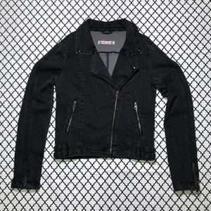 Hot Topic Jackets & Coats - Hot Topic (Thread) Black Denim Zipper Jacket <3